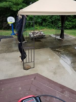 Before & After Pressure Washing in Hummelstown, PA (1)